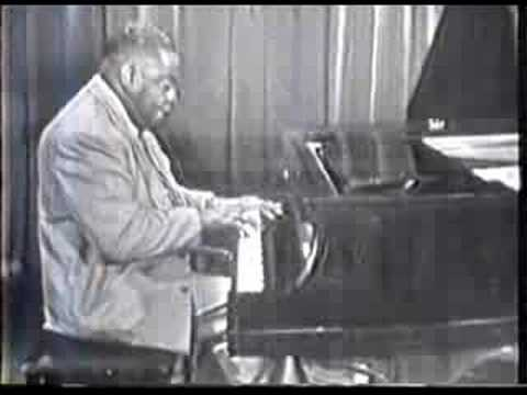 Art Tatum -- Yesterdays