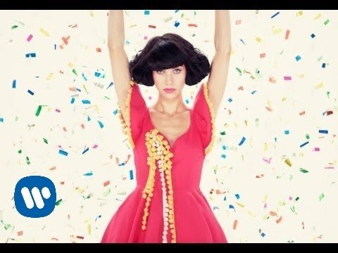 """Kimbra - """"Cameo Lover"""" [Official Music Video]"""