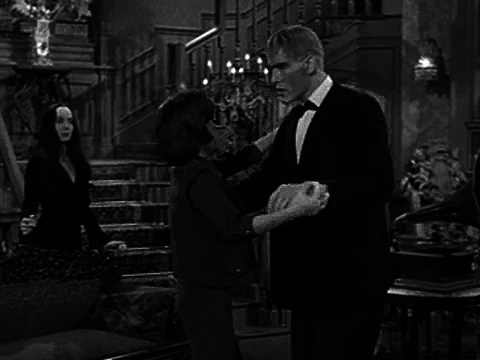 The Addams Family S01e13 Lurch Learns to Dance