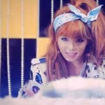 K-Pop_HYUNA smiling