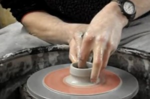 How to make pottery 300x198 How to Make Pottery